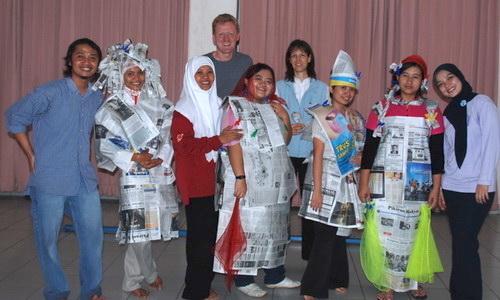 Psychomotorik in Bandung/Indonesien: das Teameam
