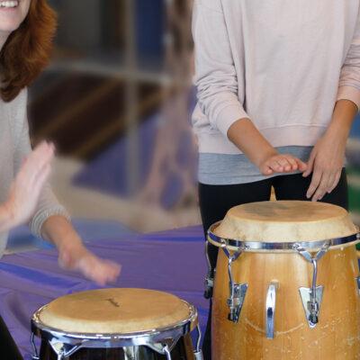 Psychomotorik Fortbildung: African Drummning mit Kindern